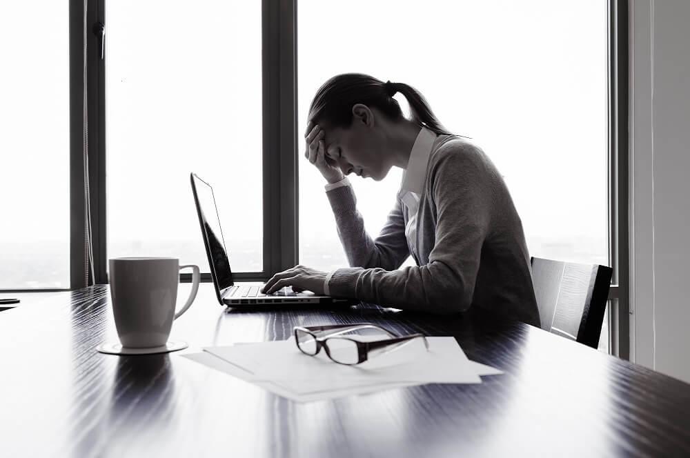 メンタルヘルスの不調を抱えた人のイメージ